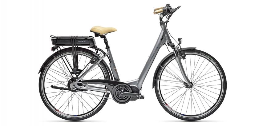 Vélo de ville électrique Peugeot eC02 N330